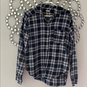 Hollister navy and white flannel